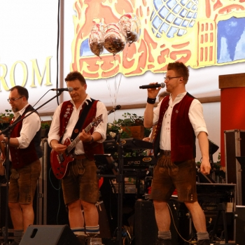 SIMMISAMMA-die-Oktoberfestband-Frühlingsfest-2016-München-Hippodrom--05507