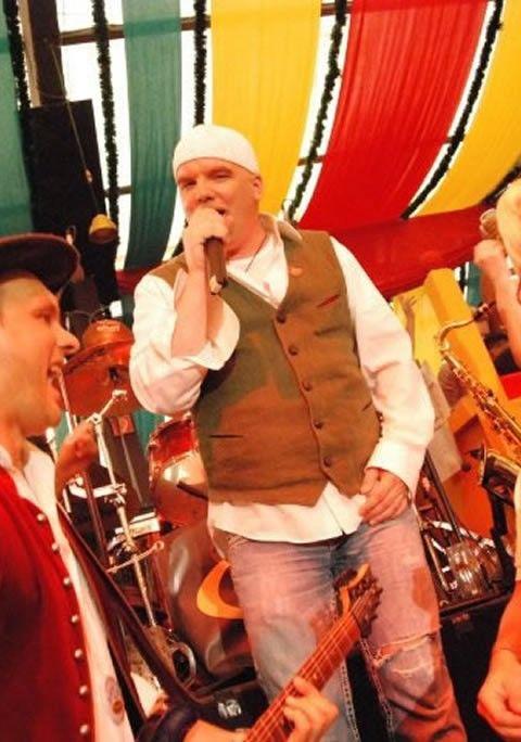 DJ Ötzi und SIMMISAMMA die Oktoberfestband