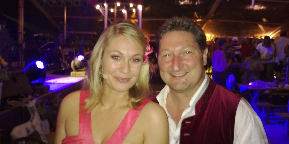 Ruth Moschner und SIMMISAMMA die Oktoberfestband