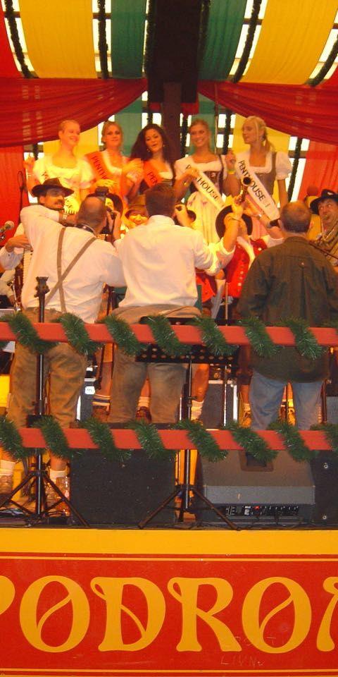 SIMMISAMMA die Oktoberfestband live auf dem Münchner Oktoberfest – 10
