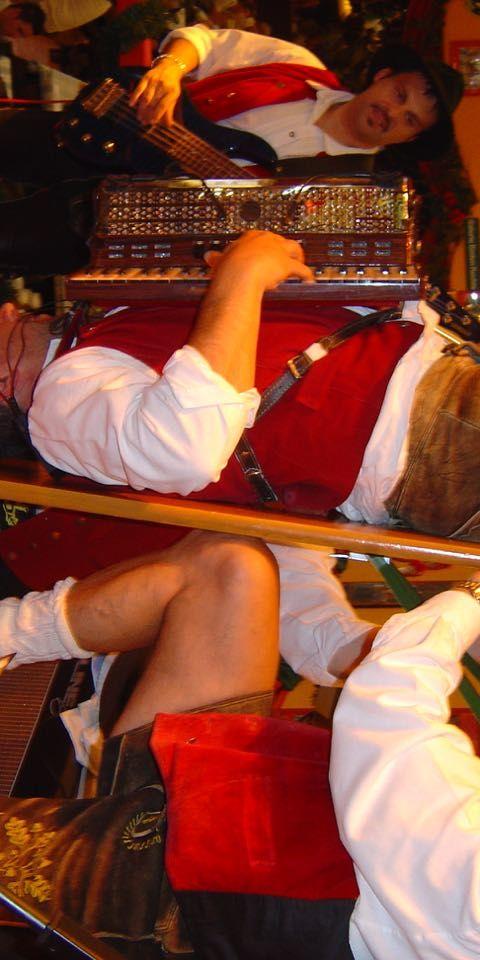 SIMMISAMMA die Oktoberfestband live auf dem Münchner Oktoberfest – 22