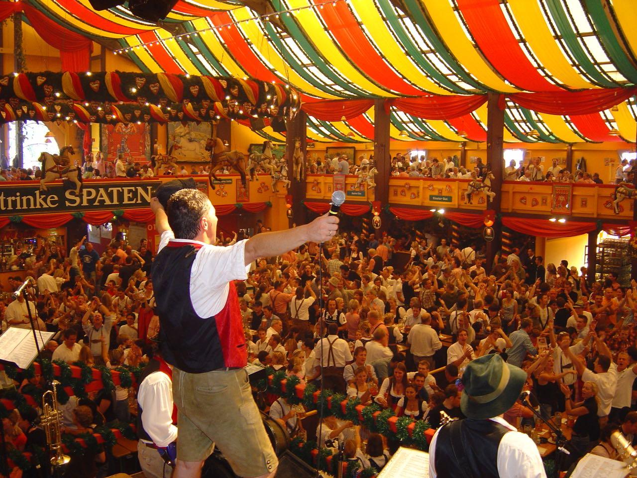 SIMMISAMMA die Oktoberfestband live auf dem Münchner Oktoberfest – 41