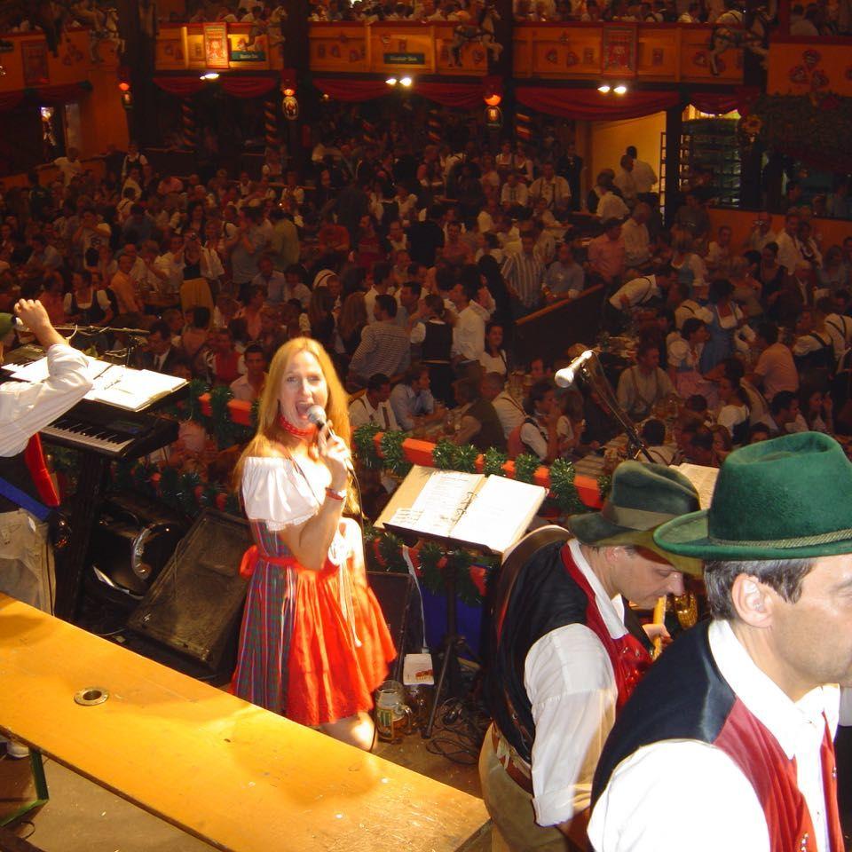 SIMMISAMMA die Oktoberfestband live auf dem Münchner Oktoberfest – 51