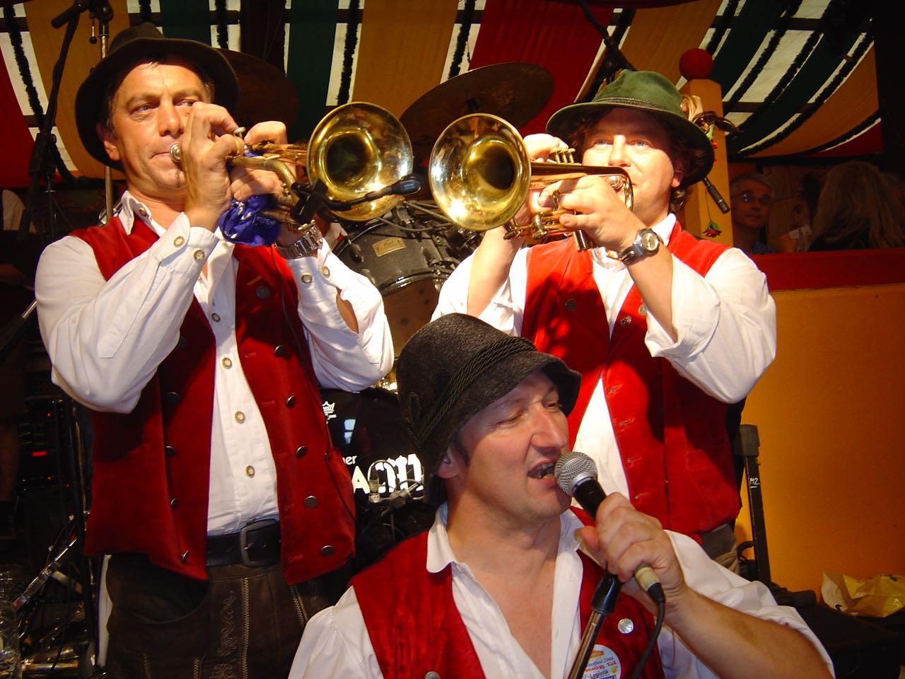 SIMMISAMMA die Oktoberfestband live auf dem Münchner Oktoberfest – 54