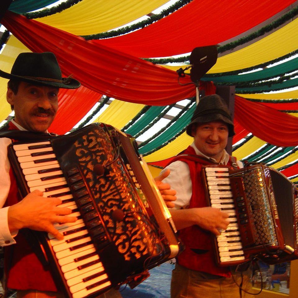 SIMMISAMMA die Oktoberfestband live auf dem Münchner Oktoberfest – 7