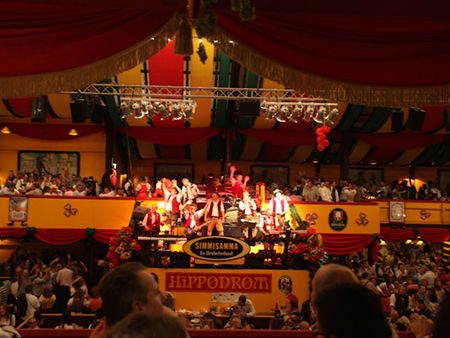 Simmisamma die Oktoberfestband – Konzert Hippodrom Oktoberfest München Deutschland 03