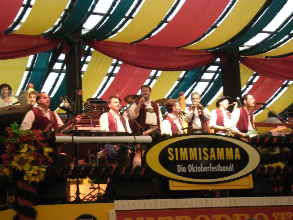 Simmisamma die Oktoberfestband – Konzert Hippodrom Oktoberfest München Deutschland 09
