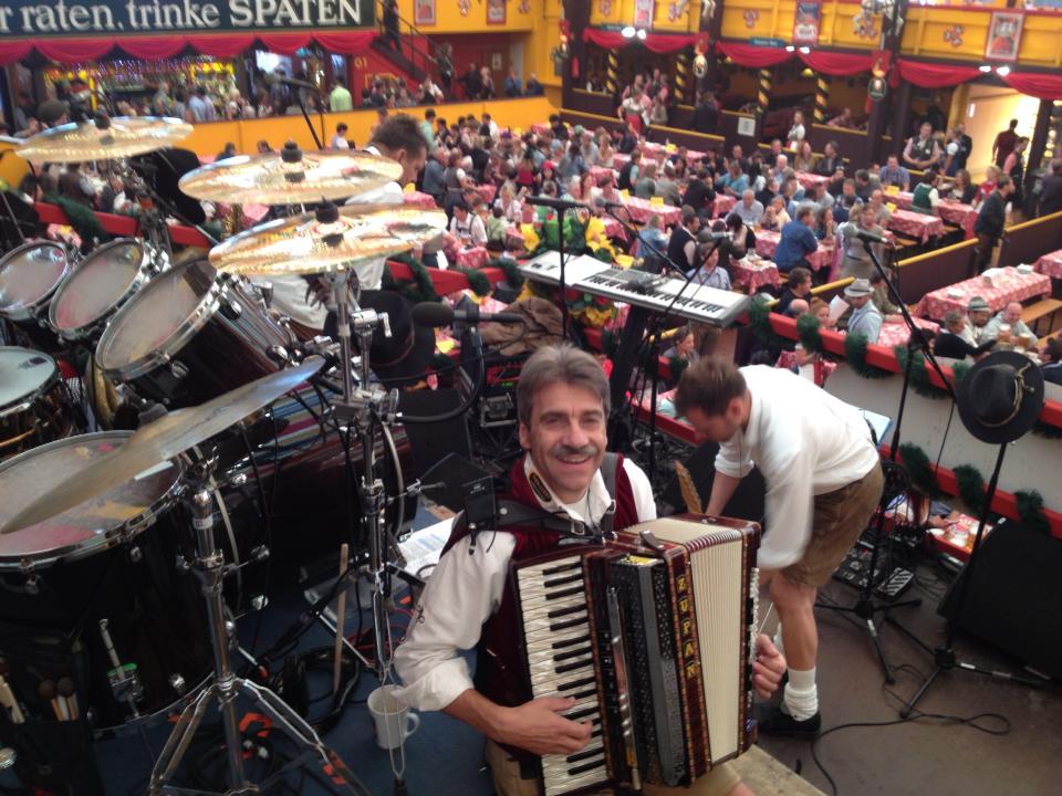 Simmisamma die Oktoberfestband – Konzert Hippodrom Oktoberfest München Deutschland 10