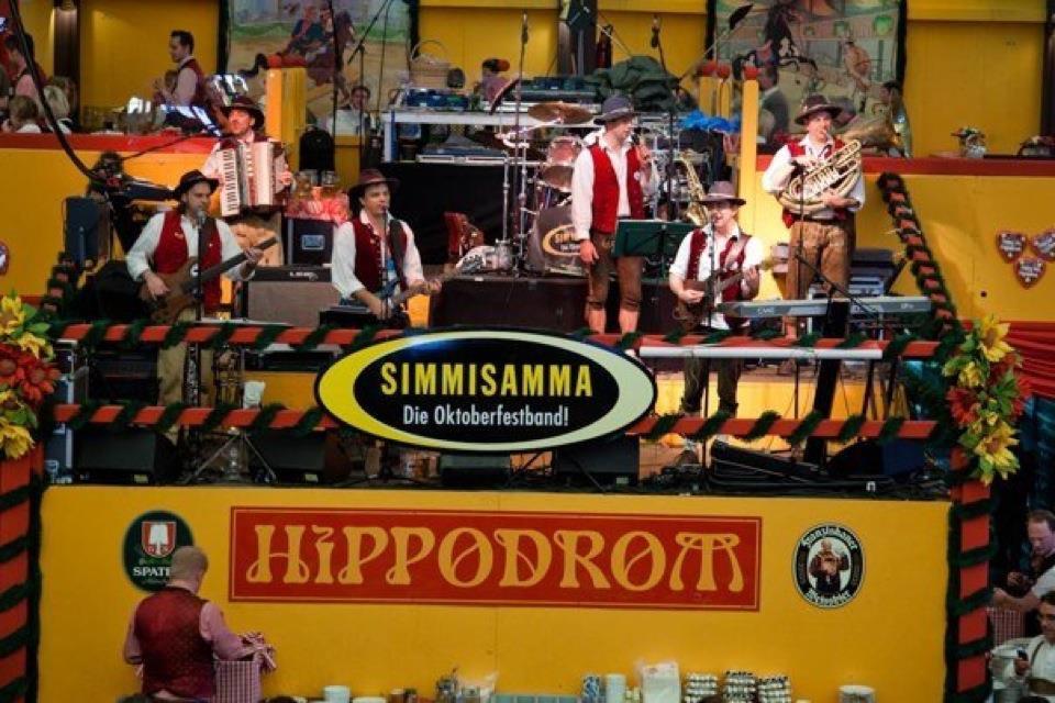 Simmisamma die Oktoberfestband – Konzert Hippodrom Oktoberfest München Deutschland 12