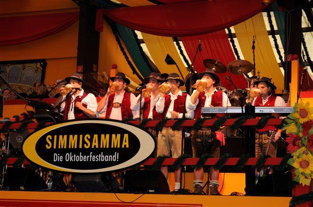 Simmisamma die Oktoberfestband – Konzert Hippodrom Oktoberfest München Deutschland 21