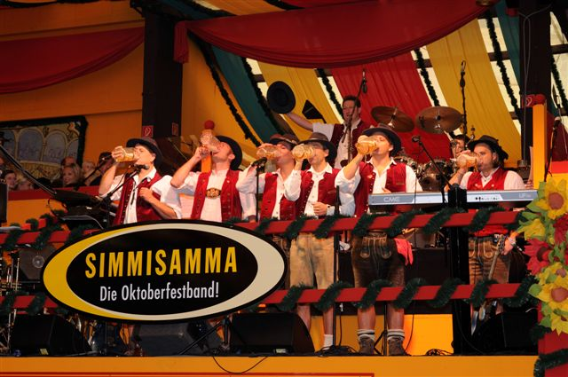 Simmisamma die Oktoberfestband – Konzert Hippodrom Oktoberfest München Deutschland 23