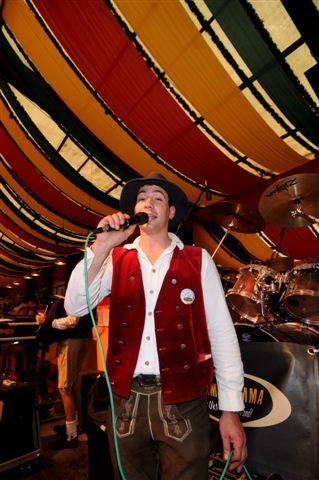 Simmisamma die Oktoberfestband – Konzert Hippodrom Oktoberfest München Deutschland 27