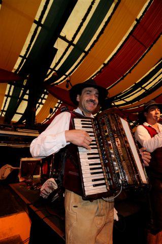 Simmisamma die Oktoberfestband – Konzert Hippodrom Oktoberfest München Deutschland 30