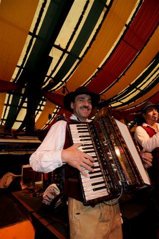 Simmisamma die Oktoberfestband – Konzert Hippodrom Oktoberfest München Deutschland 31