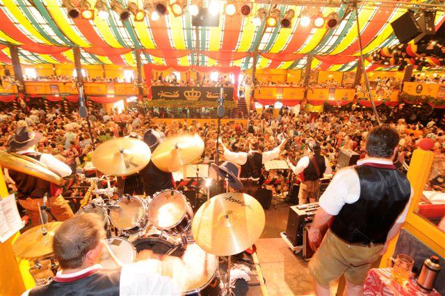 Simmisamma die Oktoberfestband – Konzert Hippodrom Oktoberfest München Deutschland 37