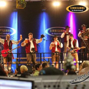 2015-02-06-simmisamma-dirndl-lederhosnfest-schoenram-10