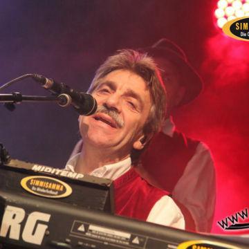 2015-02-06-simmisamma-dirndl-lederhosnfest-schoenram-21
