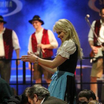 2015-02-06-simmisamma-dirndl-lederhosnfest-schoenram-25