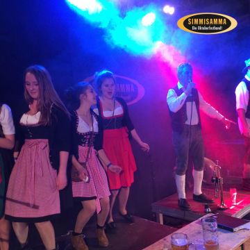 2015-02-06-simmisamma-dirndl-lederhosnfest-schoenram-5