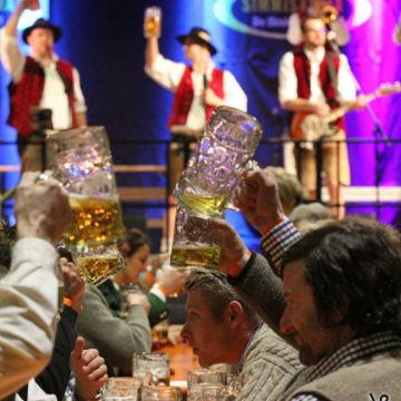 2015-02-06-simmisamma-dirndl-lederhosnfest-schoenram-6