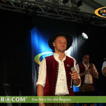 2016-06-11-simmisamma-tavernenfest-preying-6