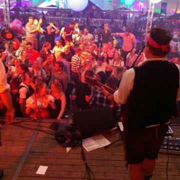 SIMMISAMMA-die-Oktoberfestband-live-in-Werlte-041