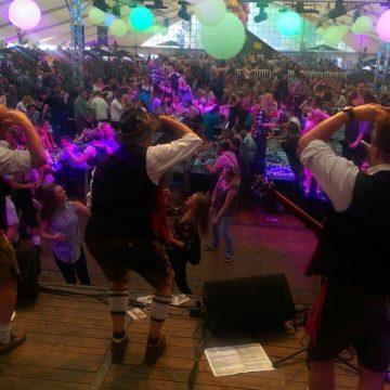 SIMMISAMMA-die-Oktoberfestband-live-in-Werlte-054