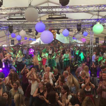 SIMMISAMMA-die-Oktoberfestband-live-in-Werlte-094